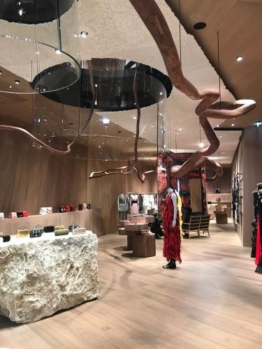 Alexander McQueen store 2019